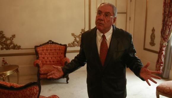 LE DIERON CON PALO. Villa Stein siguió defendiendo su fallo y recibiendo críticas de diversos sectores. (Perú21)