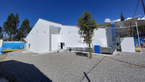 La directora de EsSalud Huaraz, Nélida Cosme Mauricio, informó que esta infraestructura entrará en funcionamiento el jueves 27 mayo y que inicialmente operará con 50 camas de hospitalización. (Foto: EsSalud)
