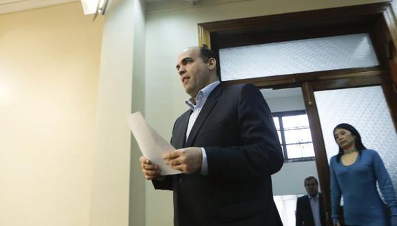 Premier Fernando Zavala mandó un nuevo oficio al presidente del Congreso, Luis Galarreta. (Perú21)