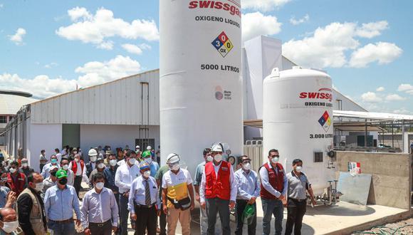 El ministro Carlos Estremadoyro supervisó la instalación de estaciones de oxígeno medicinal en las provincias de Utcubamba y Bagua, en Amazonas. (MTC)