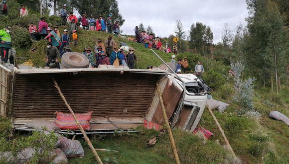 Policías llegaron al lugar para realizar las operaciones de rescate (Foto: PNP)