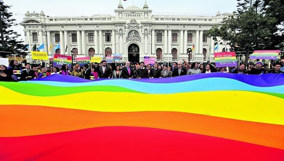 Un paso más. Congreso debe agendar fecha para votación de dictamen a favor de comunidad LGTB. (Foto: GEC)