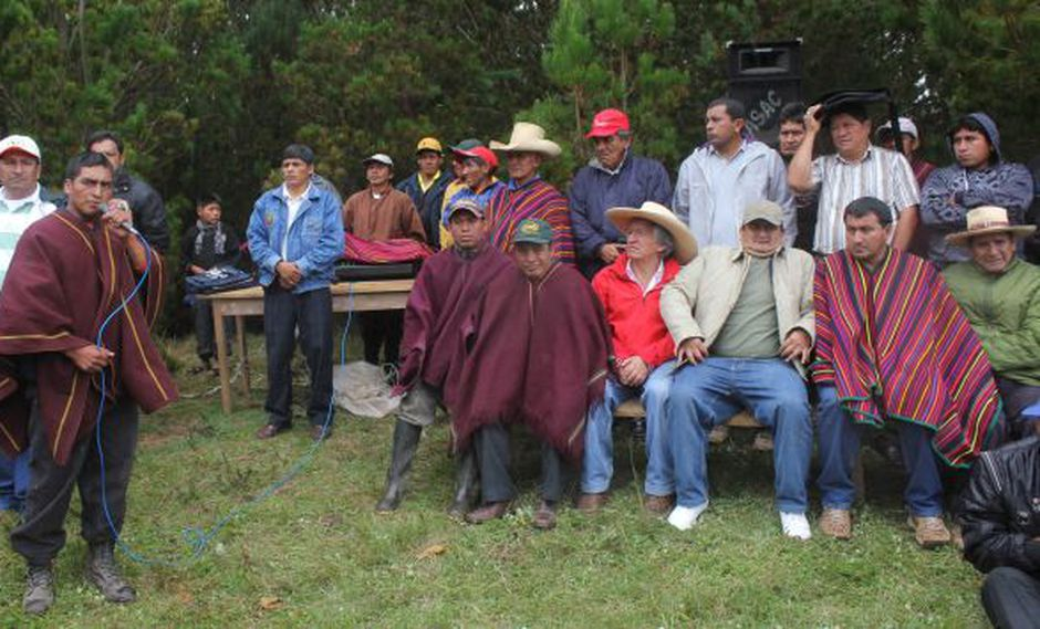 Dirigentes de Cañaris e Incahuasi (USI)