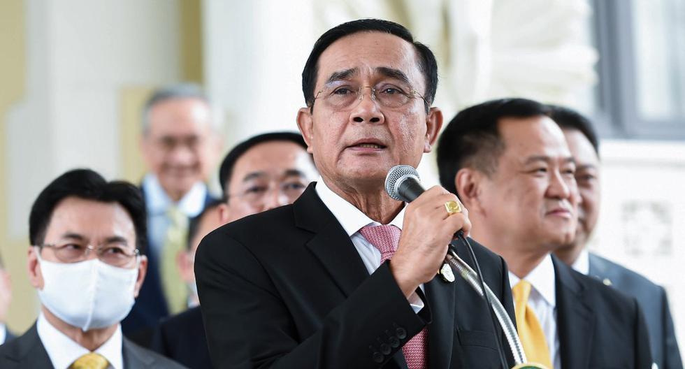 El jefe de gobierno, Prayut Chan-O-Cha, decidió levantar el decreto de emergencia que además de prohibir las reuniones de más de cuatro personas, daba a la policía carta blanca para hacer detenciones. (Foto: Gobierno Real de Tailandia vía AFP)