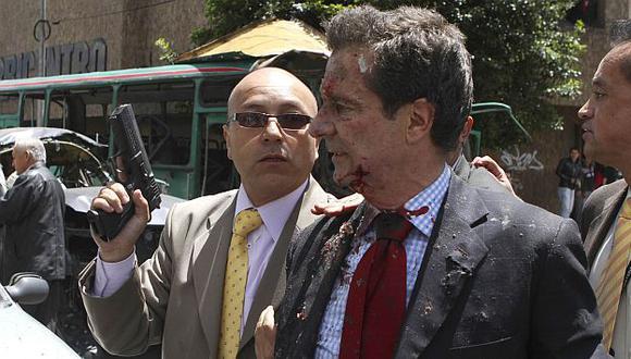 En el ataque a Londoño perdieron la vida dos de sus escoltas. (Reuters)