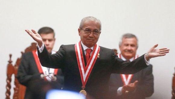 El fiscal de la Nación fue denunciado por sus conversaciones con Hinostroza. (Perú21)