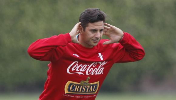 Claudio Pizarro hace oído sordo a los cuestionamientos. (Joseph Ángeles/Trome)