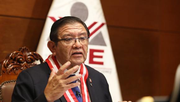 Jorge Luis Salas Arenas, presidente del JNE, ha recibido amenazas y protestas en su contra durante la campaña electoral. (Foto: JNE)