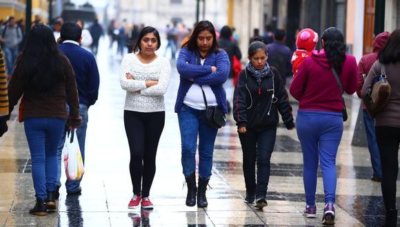 En Lima Oeste, la temperatura máxima llegaría a 19°C, mientras que la mínima sería de 15°C. Se pronostica cielo cubierto con llovizna en las primeras horas de la mañana con tendencia a cielo cubierto al atardecer. (GEC)