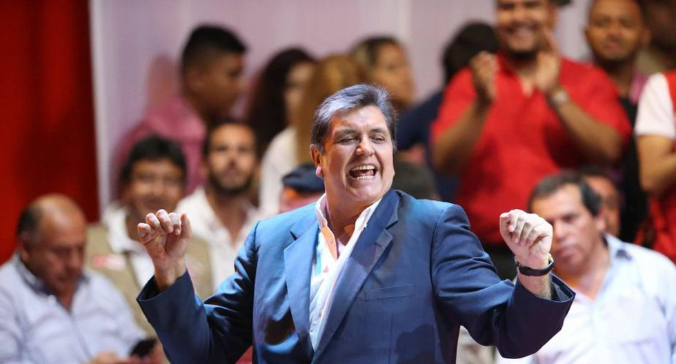 Alan García y Lourdes Flores realizaron primer mitin de campaña de Alianza Popular. (Luis Gonzales/Perú21)