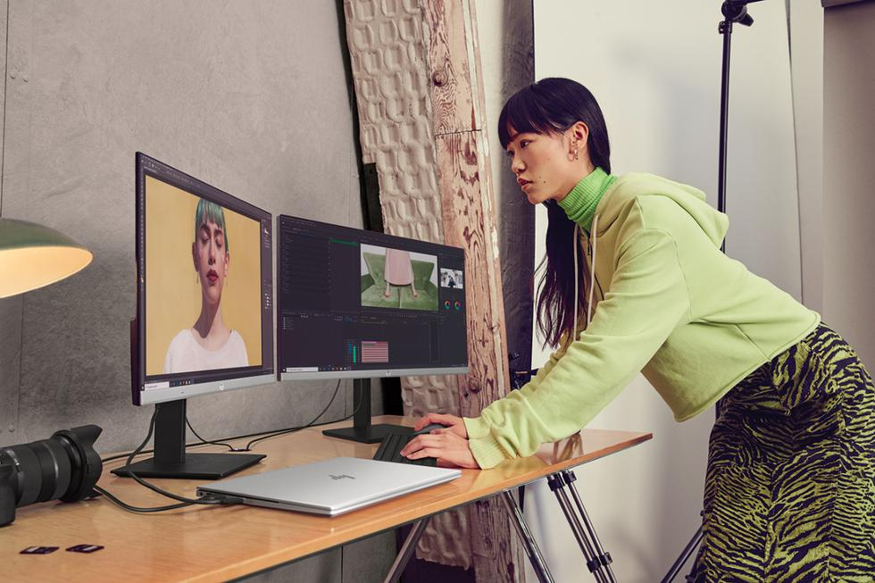La HP ENVY 14 es un estudio móvil para la creatividad personal, que brinda a las personas la libertad para crear y mantenerse conectadas desde cualquier lugar. Según el flujo de trabajo de una persona, personaliza los procesadores Intel® Core™ de 11ª generación y gráficos de diseño hasta NVIDIA® GeForce® GTX 1650 Ti Max-Q, mediante cuatro ajustes diferentes en el Sistema de Control HP