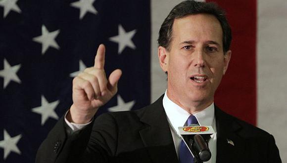 Santorum aún confía en remontar las primarias republicanas. (AP)