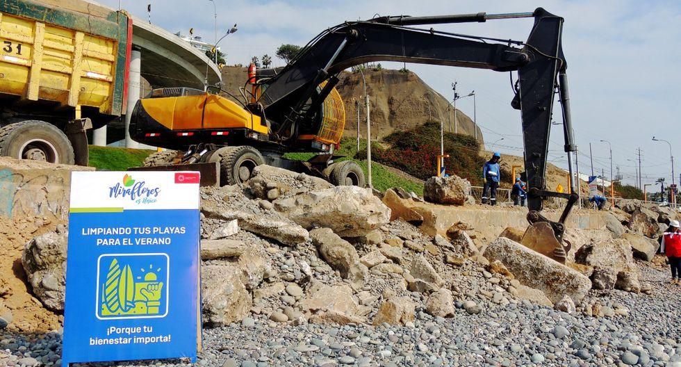 Se tiene previsto retirar 400 toneladas de escombros en los próximos días de este mes en las ocho playas del distrito. (Foto: Municipalidad de Miraflores)