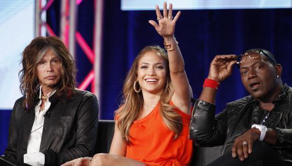 López junto a Steven Tyler y Randy Jackson conduce el popular programa. (AP)