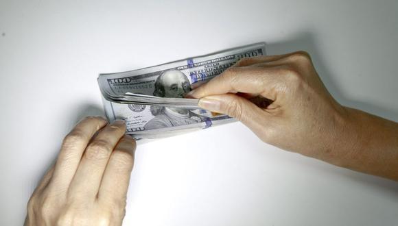 En el mercado paralelo o casas de cambio de Lima, el tipo de cambio se cotizaba a S/ 3.670 la compra y S/ 3.700 la venta. (Foto: GEC)