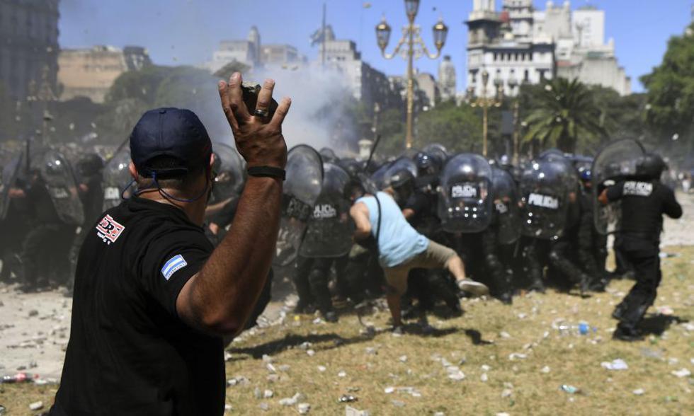 Argentina: ¿Por qué la reforma de pensiones ha generado tanto rechazo en el país?