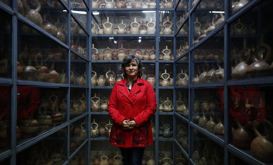 """""""Los museos peruanos han hablado en 'arqueoñol' durante 100 años, y nosotros no. Hablamos en términos familiares, pero sin vulgarizar el tema"""", explica Ulla Holmquist (Piko Tamashiro/Perú21)."""
