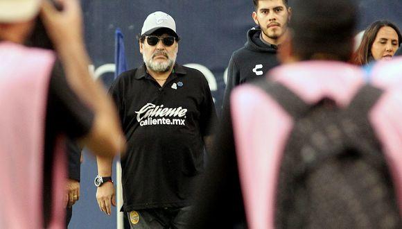 Diego Armando Maradona dejó de ser técnico de Dorados para dedicarse a cuidar su salud. (Foto: AFP)
