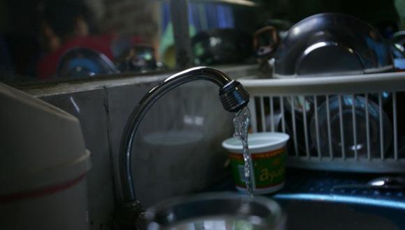 Los usuarios comerciales e industriales pueden solicitar la suspensión de los servicios de agua potable y alcantarillado. (Foto: GEC)