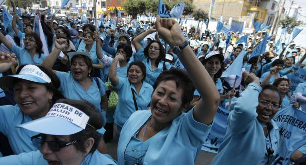 Enfermeras suspendieron su huelga tras la firma de un acta de compromiso con el Minsa en octubre de 2012. (USI)