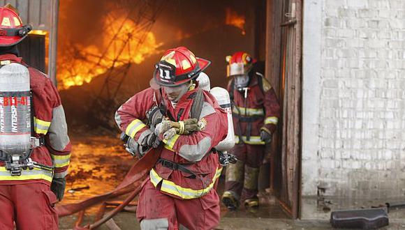 Cúpula habría lucrado con la compra de equipos de protección personal. (USI)