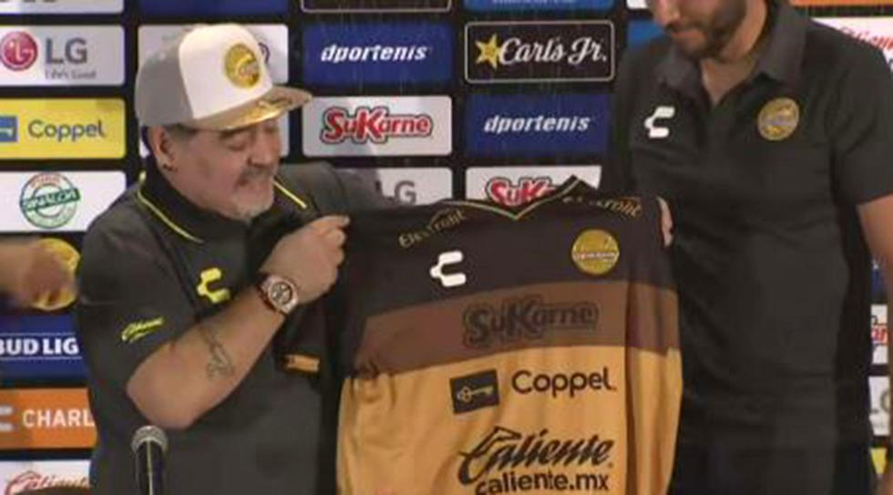 Diego Maradona fue presentado en el Dorados de Sinaloa. (Foto: captura Facebook Dorados)