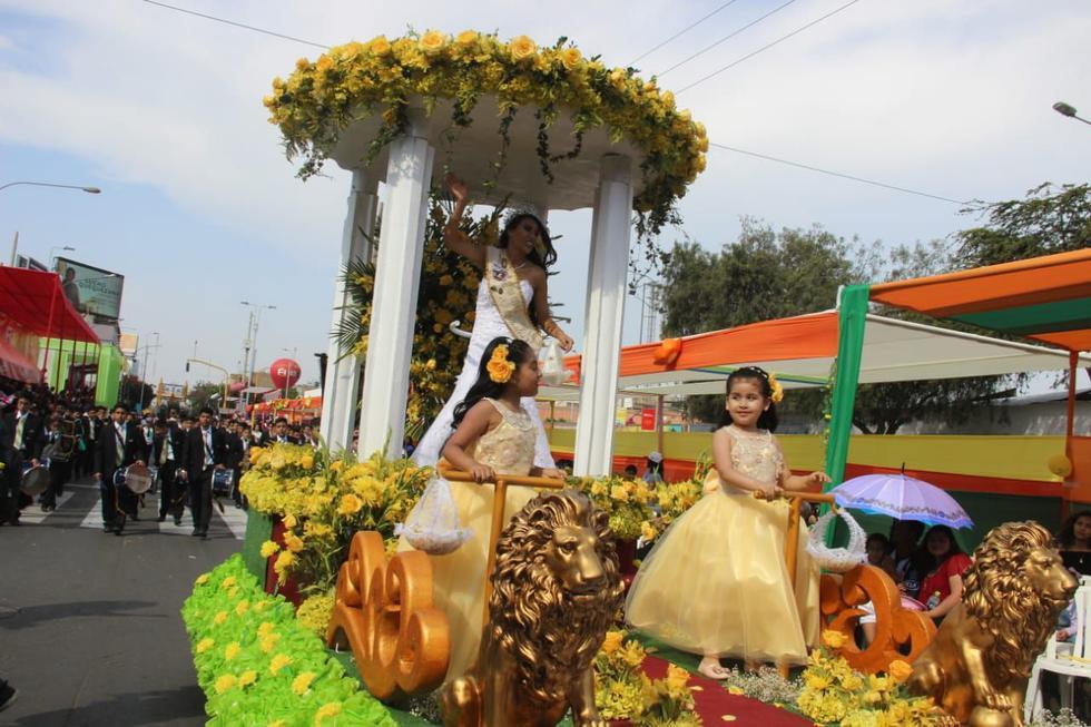 Tradición y color en el Gran Corso de la Primavera de Trujillo. (Fotos: Alan Benites)