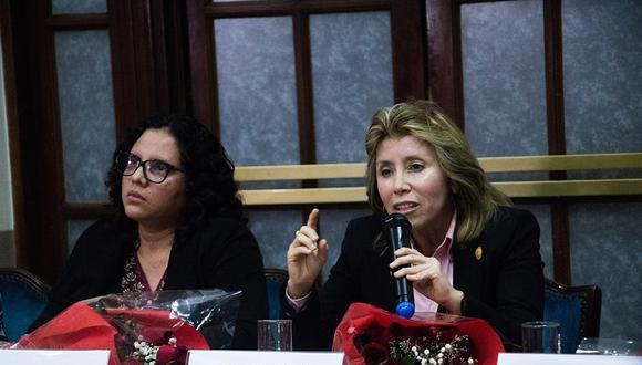 Rocío Sánchez y Sandra Castro fueron removidas del equipo especial por reunirse con el expresidente Martín Vizcarra. (Foto: Difusión)