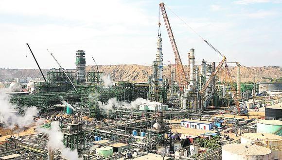 Petroperú: la refinería de Talara incrementará la capacidad de refino de Petroperú que de 65 mil barriles pasará a producir 95 mil de barriles diarios.