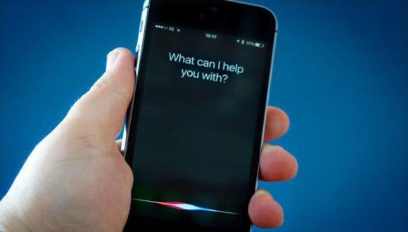 """La patente que ayudaría a este hecho lleva el nombre de """"Digital Assistant Providing Whispered Speech"""" (Apple)"""