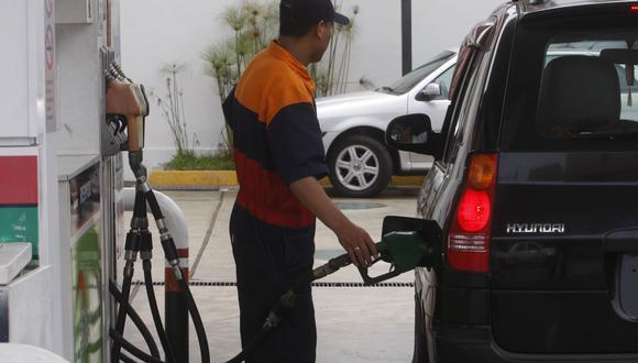 La actualización bimestral de bandas de productos combustibles regirá a partir de mañana viernes 28 de diciembre hasta el jueves 28 de febrero de 2019.(Foto: GEC)