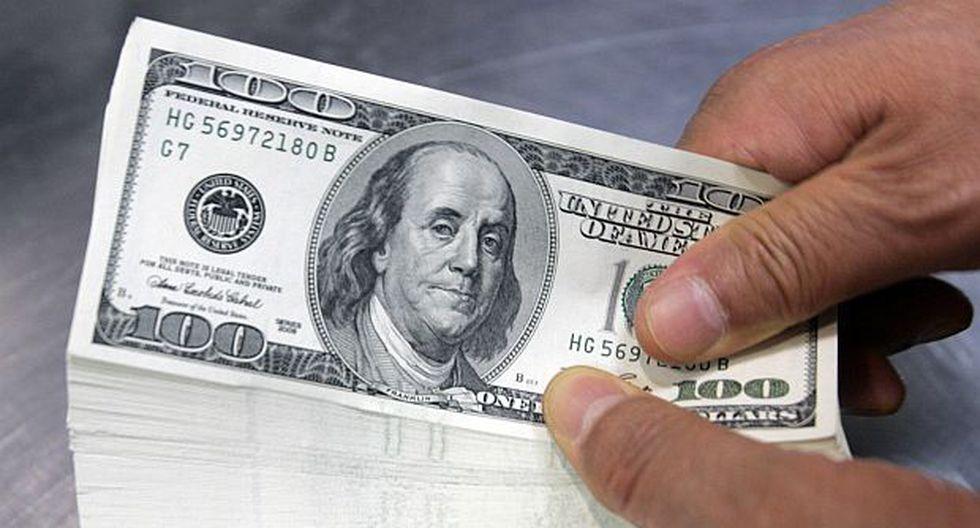 Hoy el dólar se vendía entre S/3.330 y S/3.416 en los principales bancos de la ciudad. (Foto: Reuters)