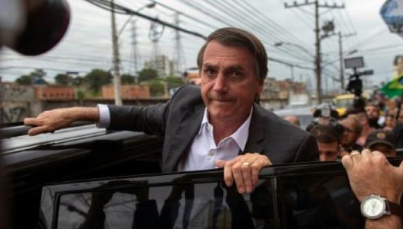 """Jair Bolsonaro se ganó gran parte de su fama con proclamas misóginas y homofóbicas, su nostalgia de la dictadura militar (1964-1985) y un discurso contrario a la que considera """"ideología de género"""". (Foto: AFP)"""
