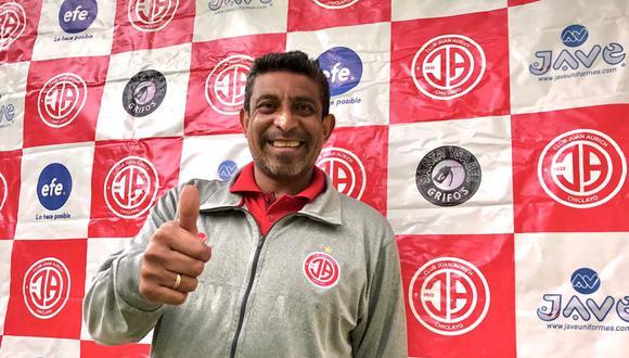 """""""Estamos trabajando con mucho entusiasmo, sacrificándonos por la institución ya que es una linda revancha que tenemos del año pasado"""", dijo el DT, José Soto. (Foto: Club Juan Aurich)"""