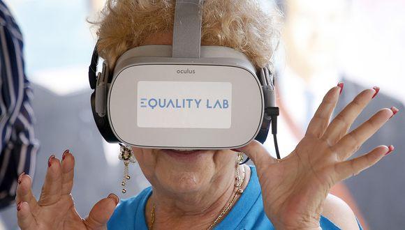 Ancianos de Miami pudieron probar esta tecnología para cumplir algunos sueños. (Foto: AFP)