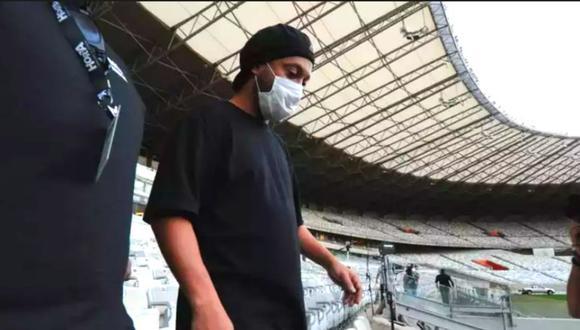 Ronaldinho confirma su contagio de coronavirus en Belo Horizonte.