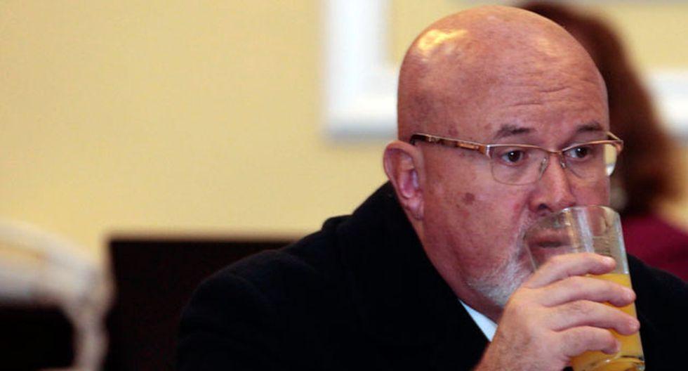Carlos Bruce recibió el respaldo de algunos legisladores que consideran que el pedido es exagerado.