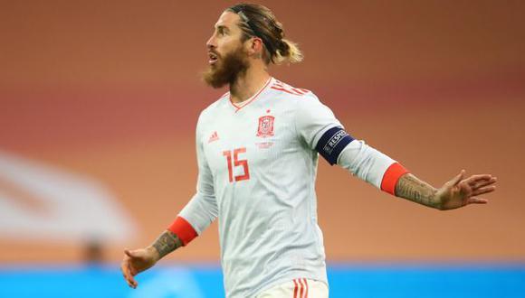 Sergio Ramos llegará a 178 partidos el martes ante Alemania. (Foto: AFP)