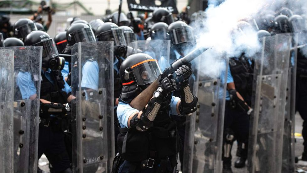 Las calles de Hong Kong fueron escenario de enfrentamientos entre la policía y los manifestantes. (AFP)