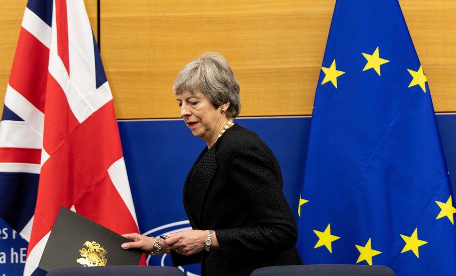 May esperaba obtener una aprobación para su acuerdo antes de la cumbre de la Unión Europea (UE) que se celebra el jueves. (Foto: EFE)