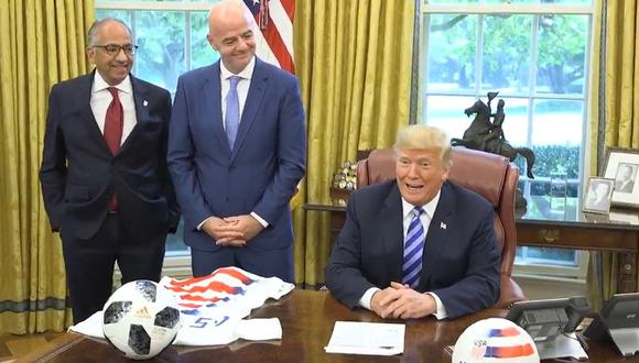 Donald Trump recibió a Gianni Infantino en la Casa Blanca. (Foto: captura video Twitter @realDonaldTrump)
