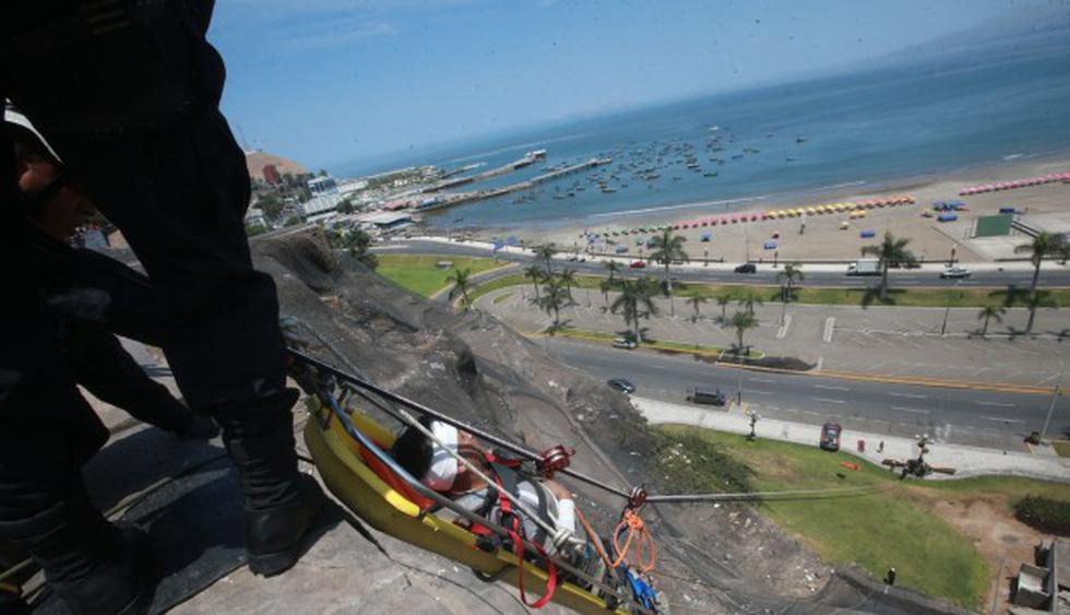 Descartan posible tsunami por intenso temblor. (Andina)