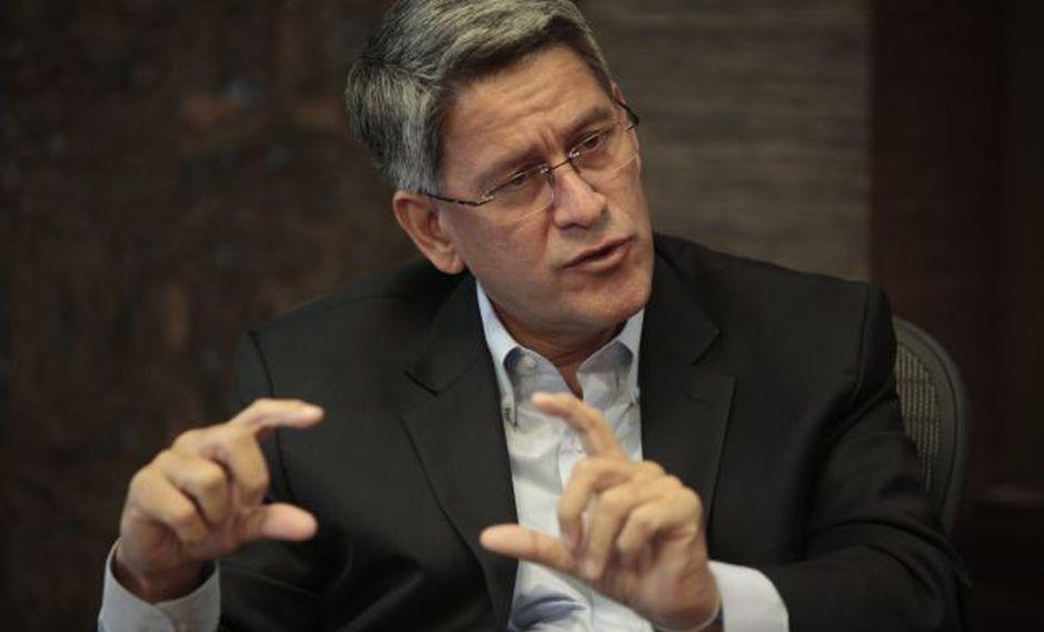 Se ha logrado desvincular las crisis políticas del desarrollo económico, asegura titular de la Confiep. (USI)