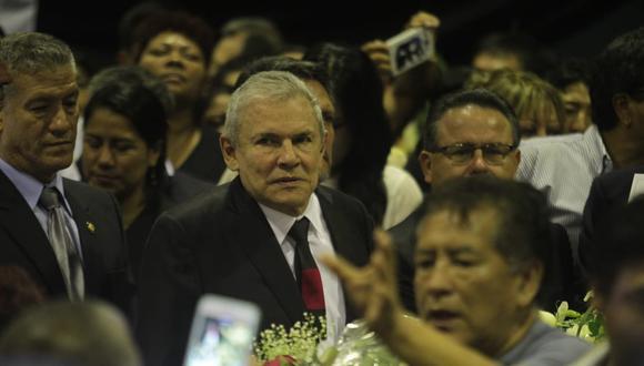 Acompañando a Castañeda, llegó también Francis Allison, ex ministro de Vivienda durante el segundo gobierno de Alan García. (Foto: Miguel Bellido / GEC)