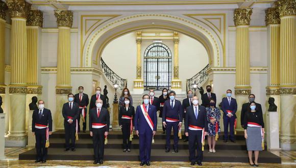 Los nuevos ministros que conforman el Gabinete de Pedro Cateriano