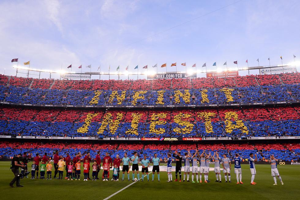 Iniesta cumple en el Camp Nou su último duelo como jugador del Barcelona. ()AFP