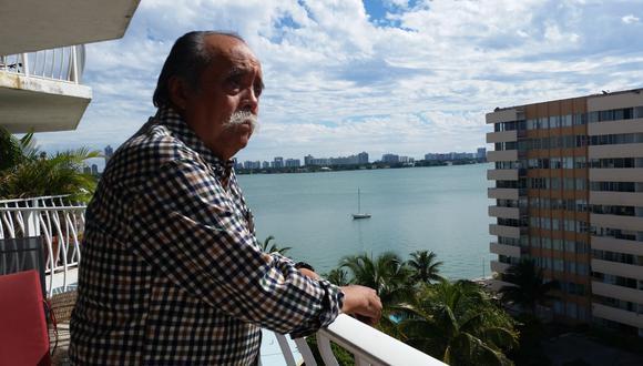 Juan Morillo, escritor liberteño recientemente publicó su octava novela 'Ardiendo en la batalla'.