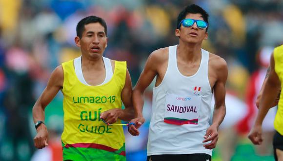 Luis Sandoval ganó inicialmente la medalla de bronce, pero la descalificación de Rosbil Guillén, que había quedado en primer lugar, lo ubicó en el segundo puesto. (Foto: GEC)