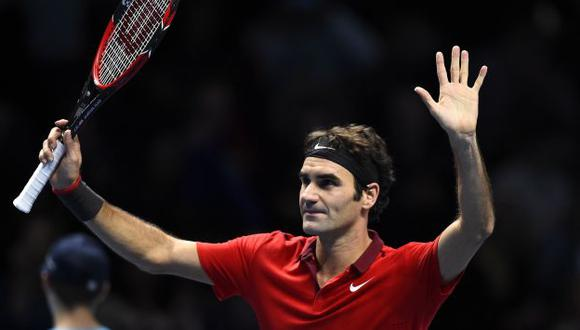 Roger Federer se tumbó a Milos Raonic en el Masters de Londres. (Reuters)