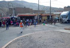 Compradores y comerciantes de Pachacámac deberán usar mascarillas de manera obligatoria